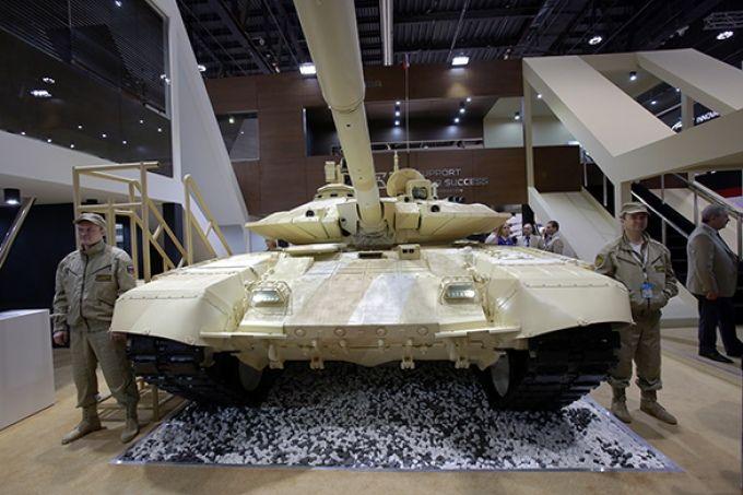 """Как российские танки Т-90С """"Абрамсы"""" М1А1/А2 победили"""