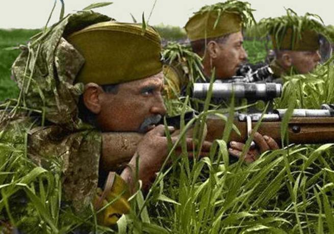 Военные истории. Пулеметчик Чемодуров, танкист Вербовой, снайпер Лазутин