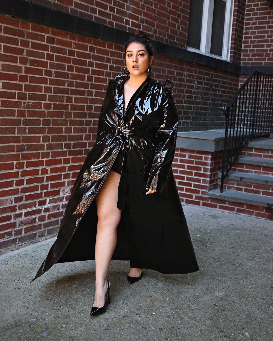 Модные тенденции осени 2019 для полных женщин фото 5