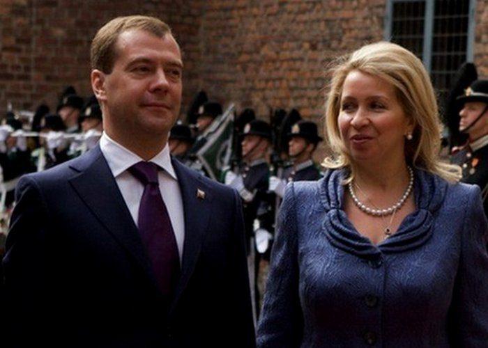 Светлана Медведева. Первые леди СССР и России — как они одевались