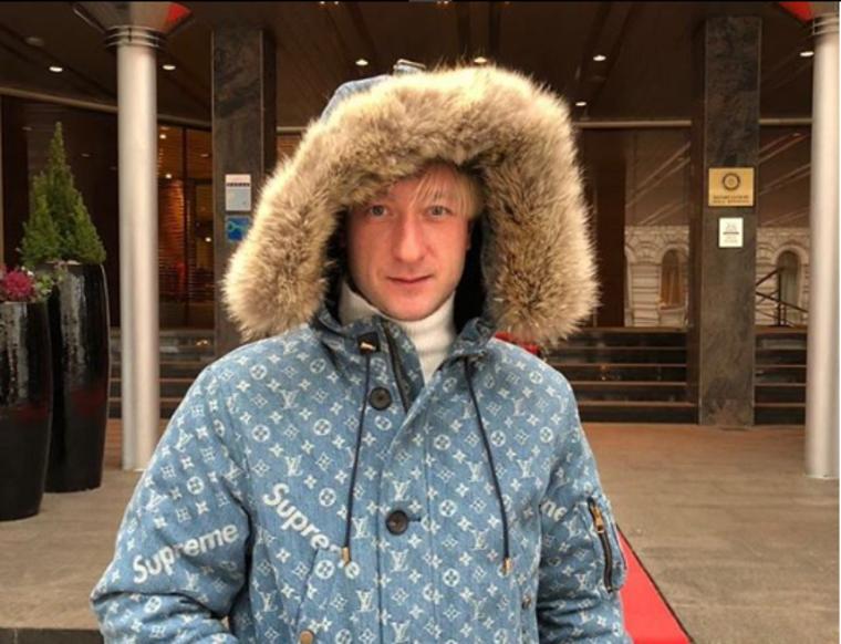 «Забил гол — получил бонус». Плющенко предложил урезать зарплаты футболистам до 30 тысяч рублей