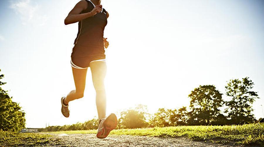 Убираем живот за неделю: 5 эффективных упражнений для сброса веса