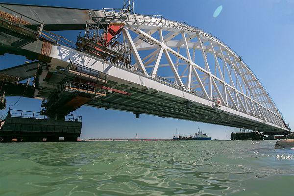 Чем Керченский мост на самом деле помешал Украине
