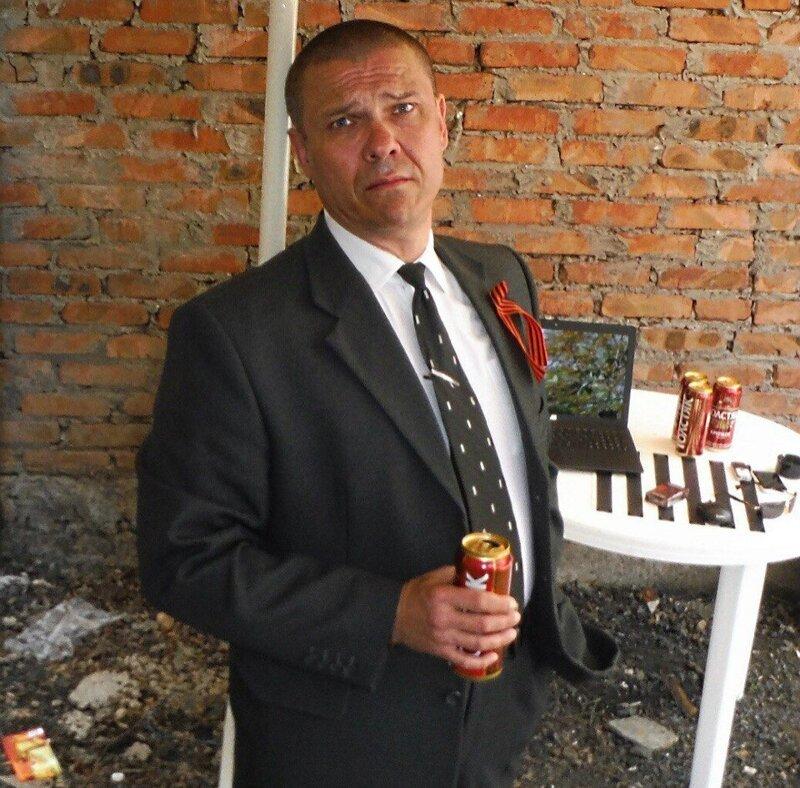 Так бы выглядел бизнес в России, если бы он был человеком Стиль, дизайн, интерьер, одежда, прикол, село, челка, юмор