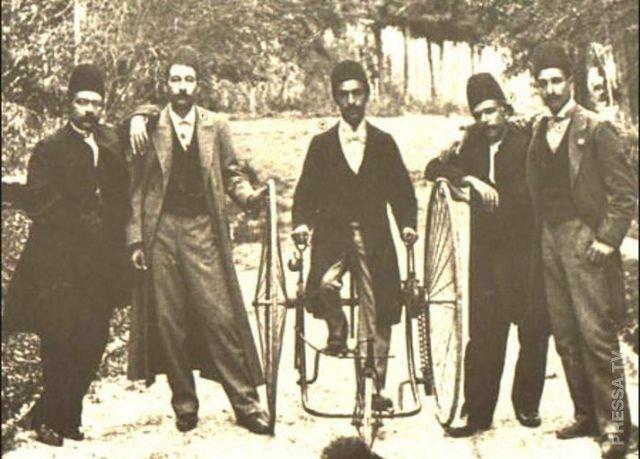 Велосипед с параллельными колесами - необычное изобретение Эдварда Отто