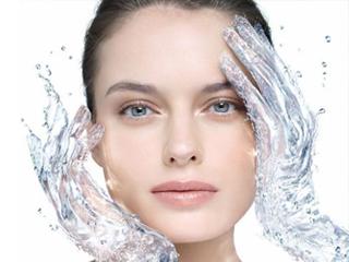 8 признаков того, что вы выпиваете недостаточное количество воды.