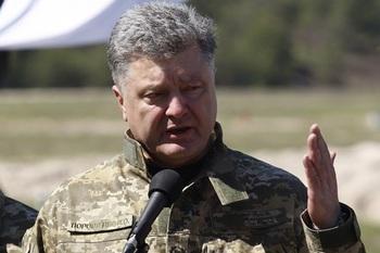 Захарченко: Порошенко приказал атаковать ДНР, когда осознал провал своей политики