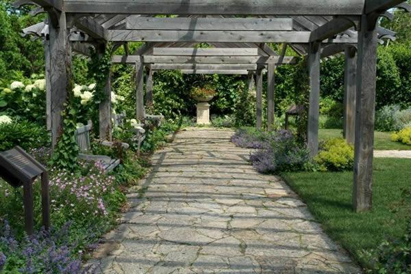Креативная идея для сада: аллея из пергол своими руками