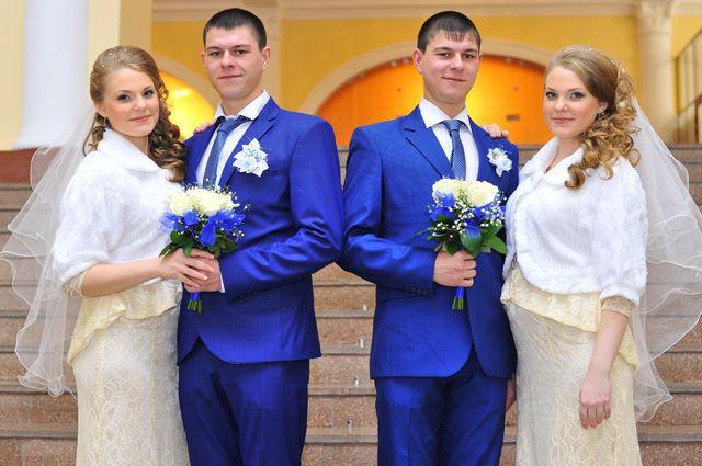 Парный случай. Как братья-близнецы женились на сёстрах-близняшках