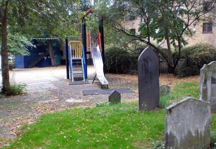 Детские площадки, которые придумали извращенцы
