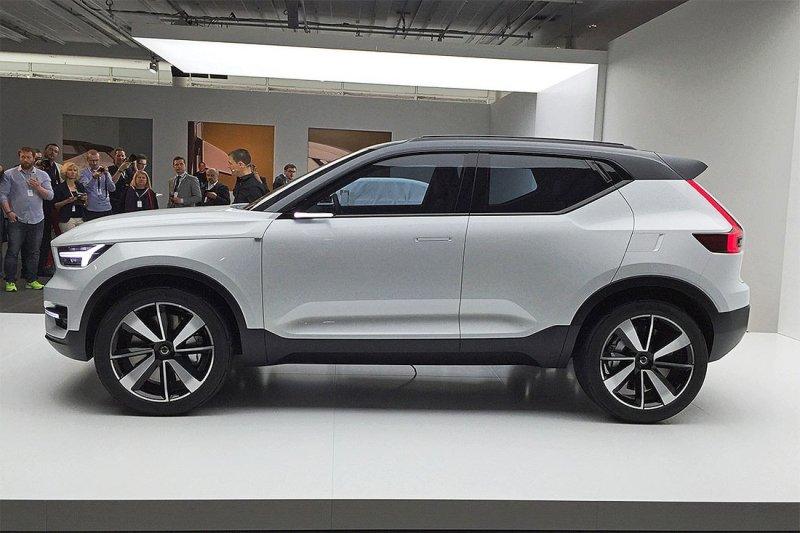 Volvo позволит владельцам кроссовера ХС40 менять машину каждые 24 месяца