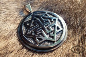 Валькирия - славянский оберег - древнерусское украшение