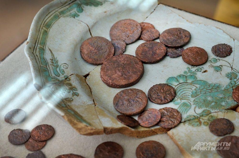 В москве нашли клад во время благоустройства нижней радищевс.
