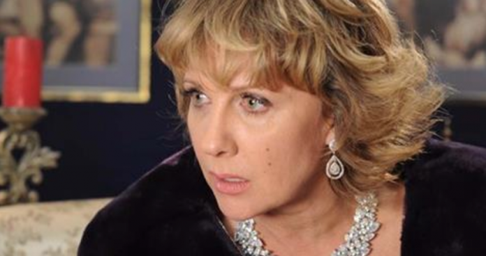 Пользователи Сети были шокированы и возмущены снимками со свадьбы сына Елены Яковлевой!