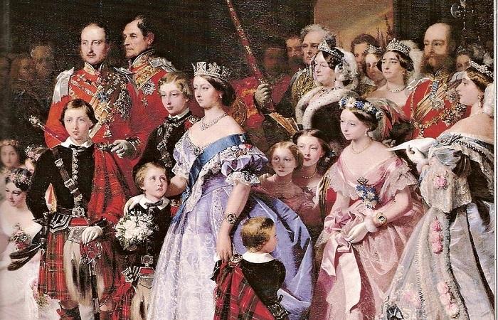 Родня. Переплетение судеб двух династий (британской и российской) и их кровное родство – факт очевидный и неоспоримый