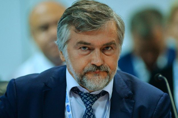 Зампред Внешэкономбанка: Таджики работают лучше,а русский мужик предпочитает либо пить,либо отдыхать