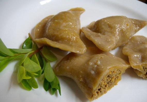 Рецепты по четвергам. Клёцки, ньокки, галушки, вареники. Вареники с мясом (вып. 1)