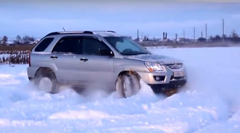 Паркетник по снегу!!!KIA SPORTAGE 2 в Действии!