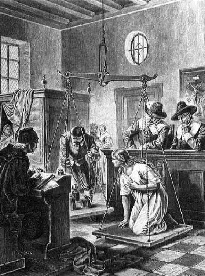 Вот как в эпоху Ренессанса ведьмы могли доказать свою невиновность