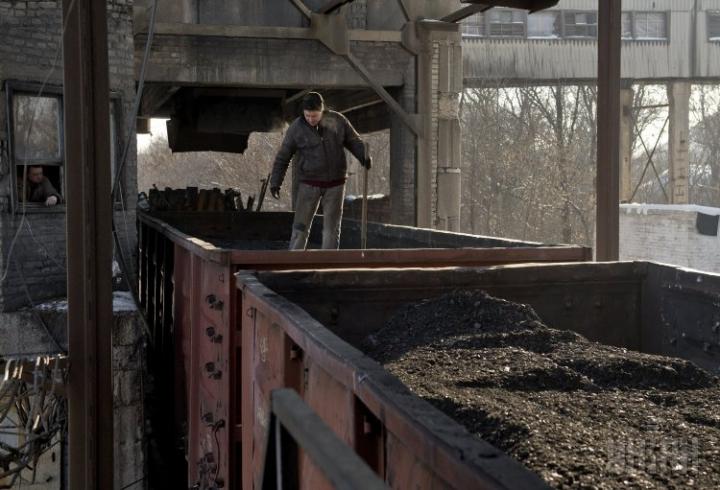 На Украине подсчитали, сколько угля получили из ЛДНР с начала 2017 года