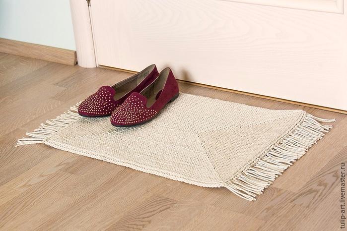 Как связать по канве уютный коврик