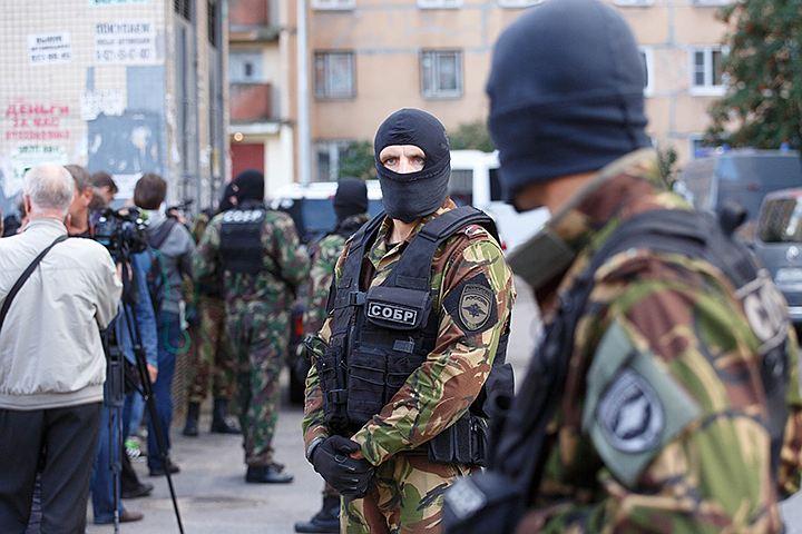 В квартире на западе Москвы задержали четырех предполагаемых террористов