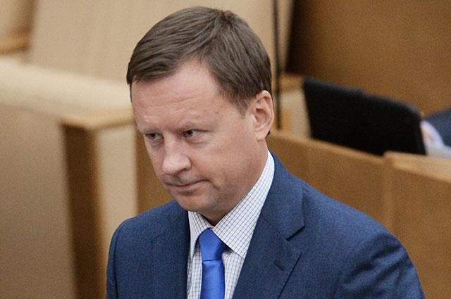 В чем суть скандала вокруг экс-депутата Госдумы Дениса Вороненкова