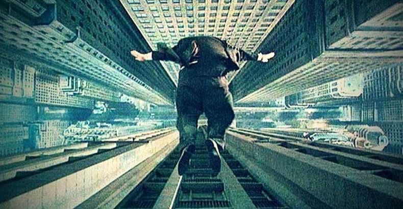 СМИ наконец написали, что массовые банковские «самоубийства» могли быть убийствами.