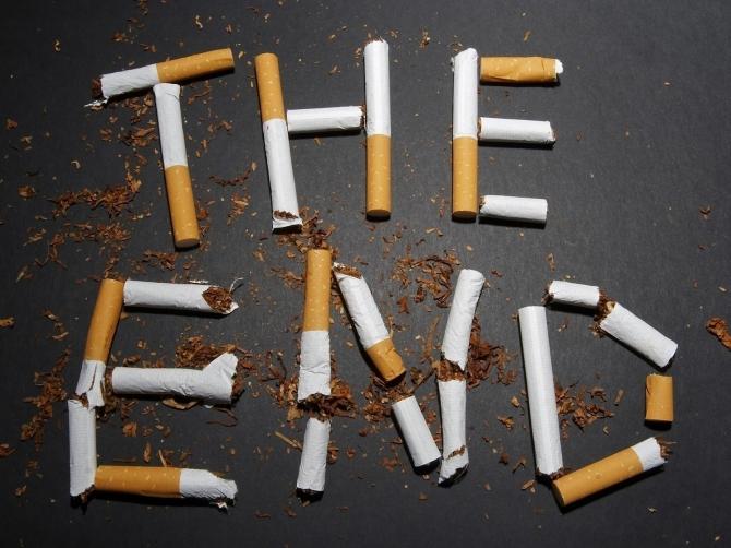 СМИ: Минздрав предлагает запретить продажу табачной продукции родившимся после 2014 года