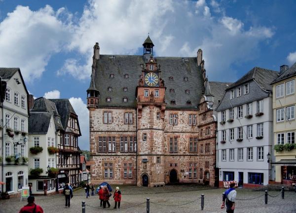 Марбург. 10 самых красивых городов Германии. Интересные города Германии, которые обязательно стоит посетить. Фото с сайта NewPix.ru