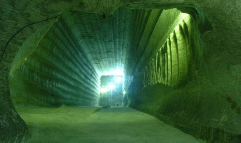 Что скрывают Уральские пещеры ?