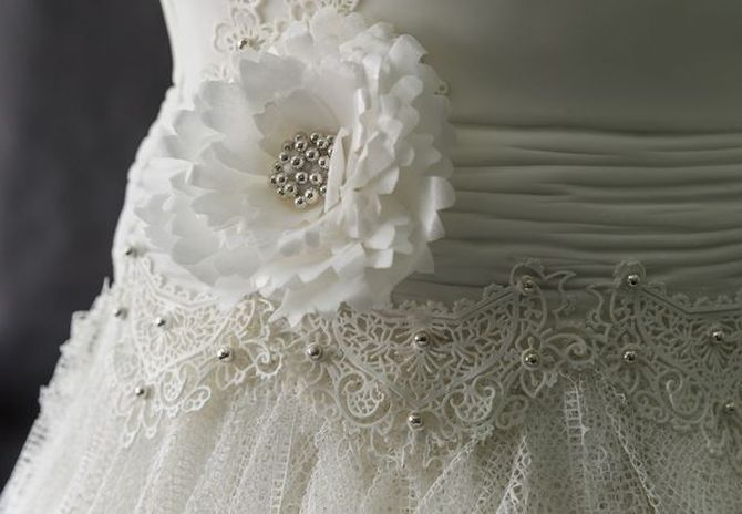 Это шикарное свадебное платье не захотела надеть ни одна невеста…