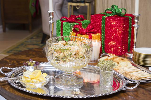 Салаты-коктейли – утонченное угощение, которое добавит оригинальный штрих вашему праздничному ужину