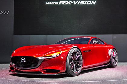 В Mazda RX-7 установили четырехроторный двигатель