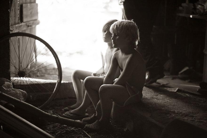 Летние каникулы в польской деревне - чёрно-белые фото-9