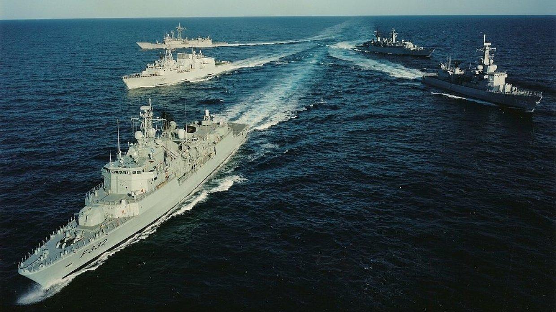Россия и НАТО договорились сохранить контакты
