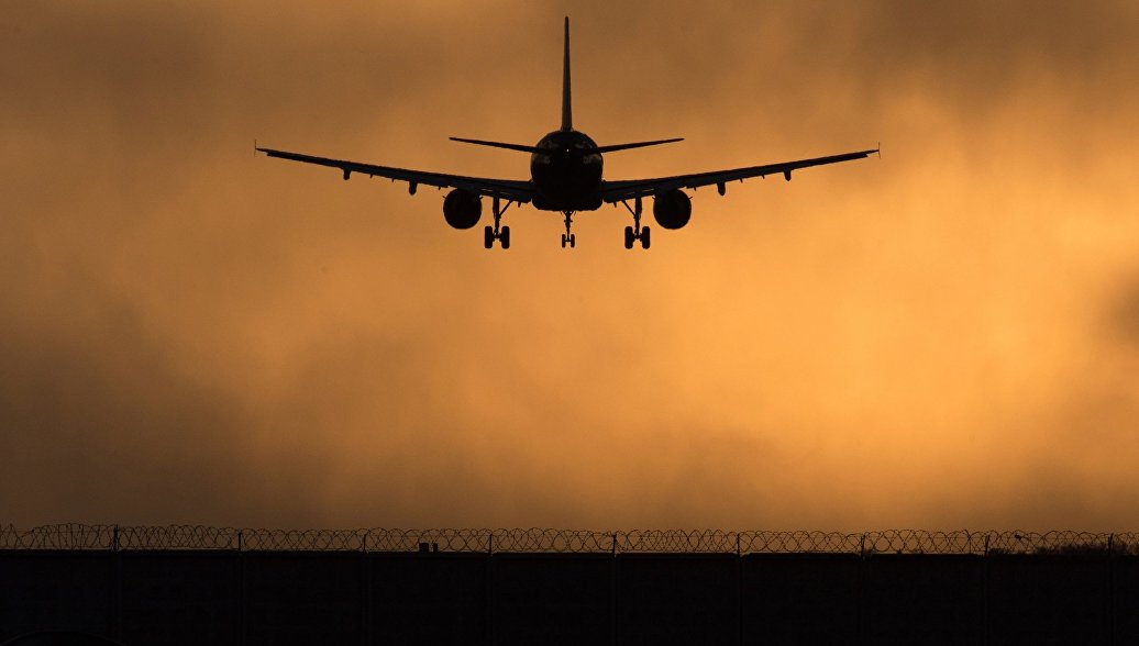 При крушении самолета в Иран…
