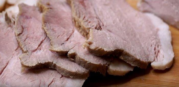 Нежнейшее мясо, приготовленное диетическим способом.