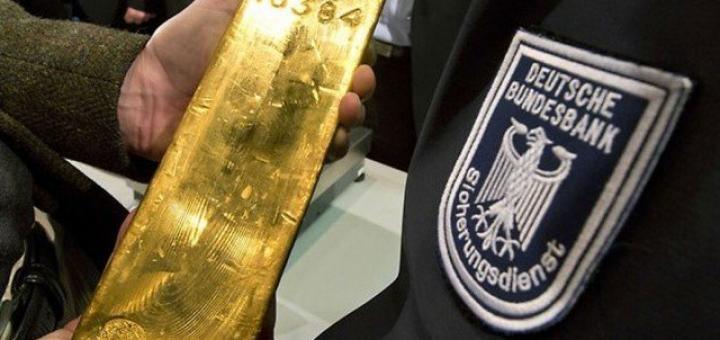 Германия поспешила вывезти золото из хранилищ ФРС США