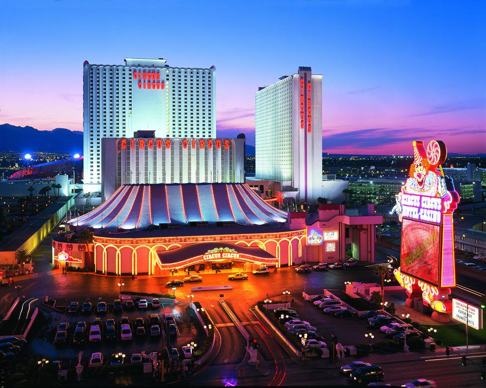 Circus hotel photos