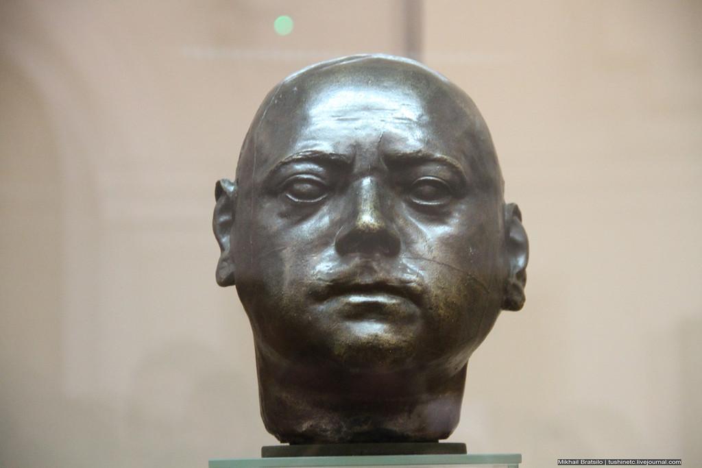 Исторический портрет Петра I — личина или лицо. Где правда?