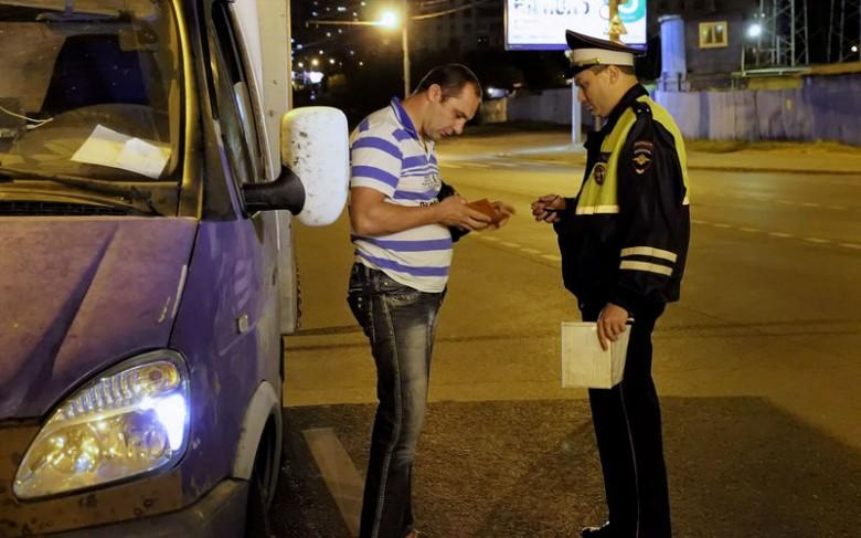 Осмотр, досмотр, обыск. Права и обязанности на дороге инспектора ДПС