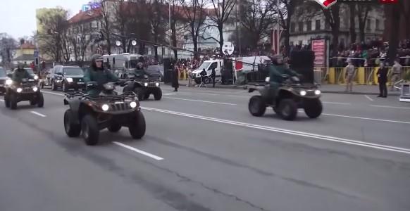 Мощь: Прибалтийский парад для устрашения России