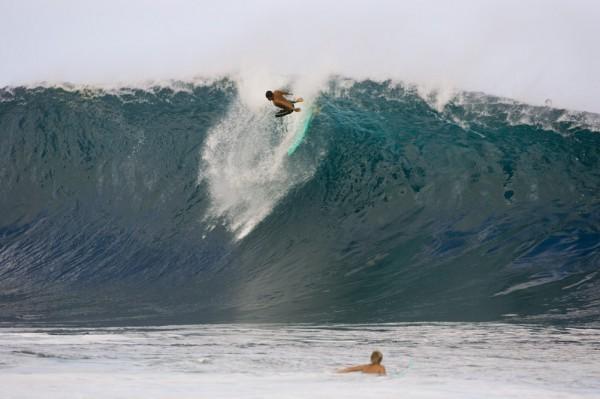 Пайплайн (Banzai Pipeline) волны-убийцы, серфинг, экстрим