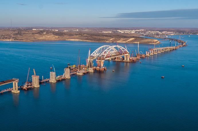 Стройка века: уникальная  операция  по установке арок Крымского моста
