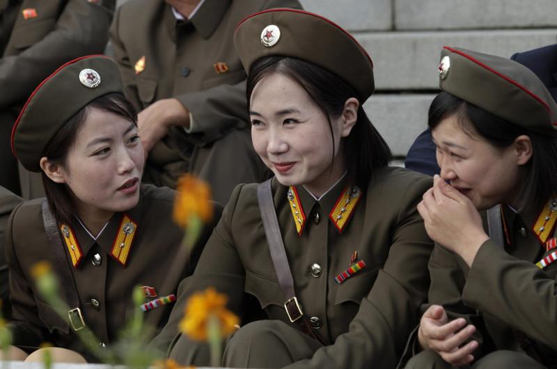Красавицы из армии Северной Кореи