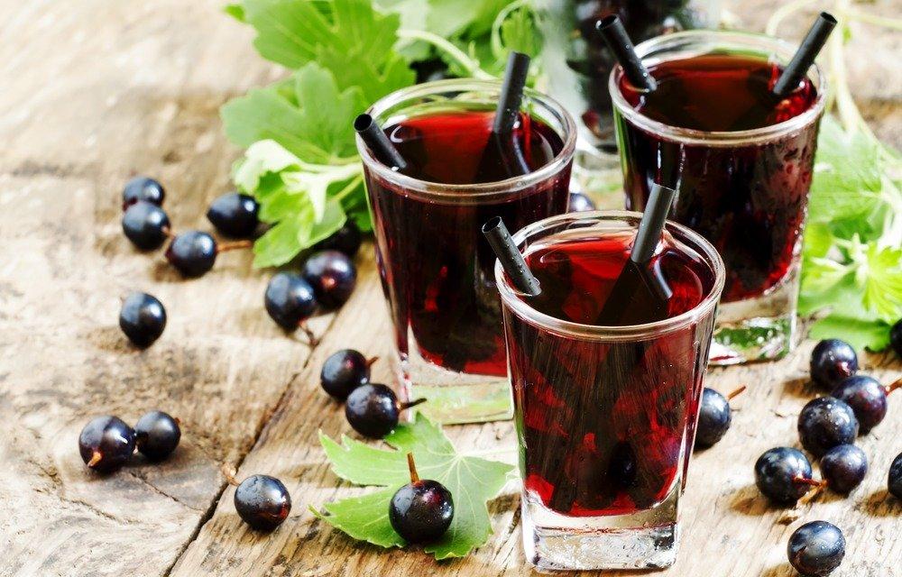 Готовим вкусные домашние наливки: 3 классных рецепта
