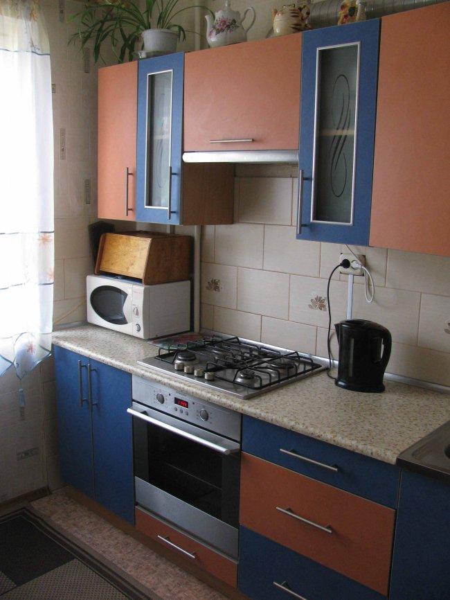 Бюджетный ремонт на кухне в хрущевке своими руками
