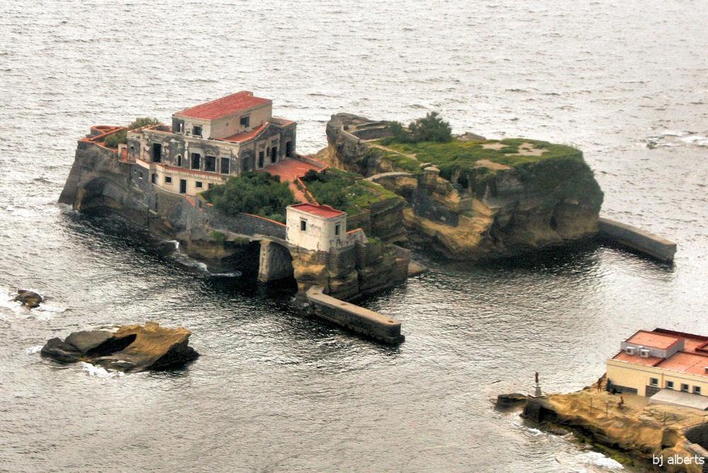 Проклятый остров Италии