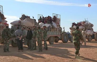 Российские военные помогли возвращению группы беженцев в Алеппо